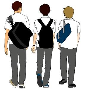 中学生男子の後ろ姿